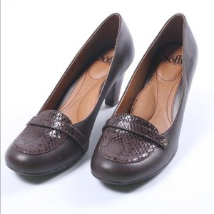 Sofft brown leather heels